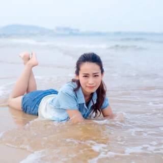 美女主播感受海的心情1